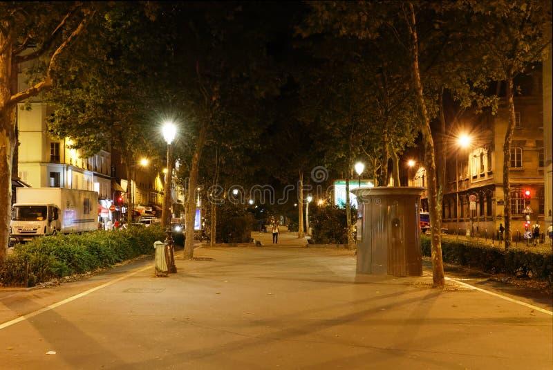 Boulevard Boulevard de Clichy stockfoto