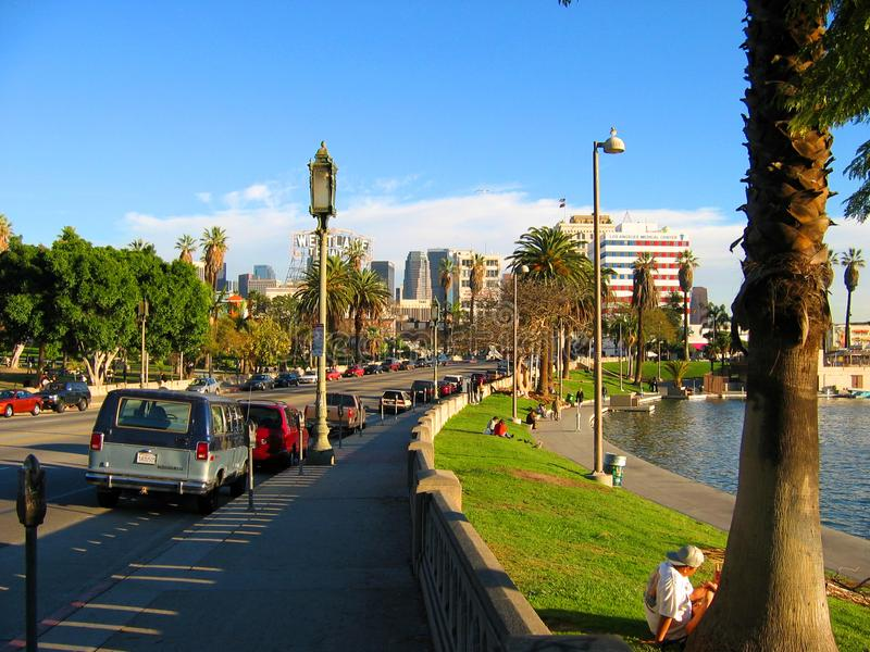 Boulevard de Wilshire, lac Macarthur Park, Westlake, Los Angeles, la Californie, Etats-Unis image stock