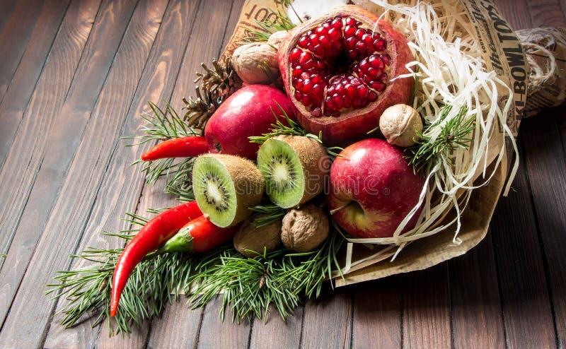 Bouquet de fruit photos stock