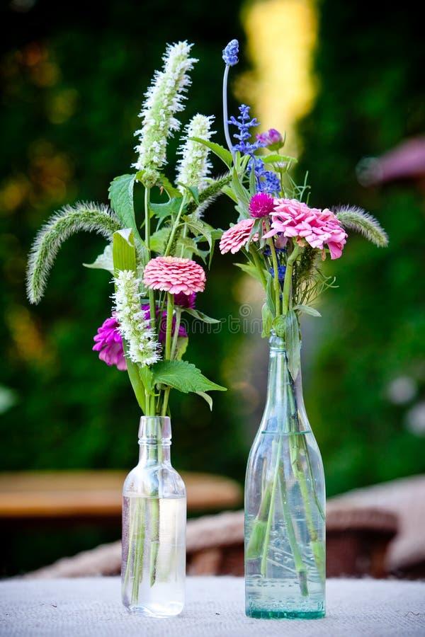 Bouquet de mariage des fleurs image stock