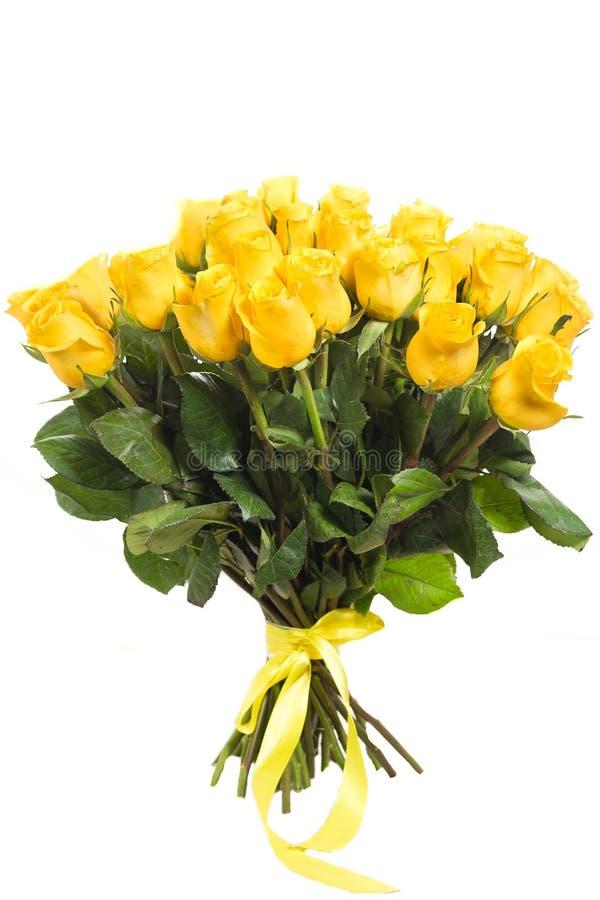 Bouquet de roses jaunes d'isolement photographie stock libre de droits