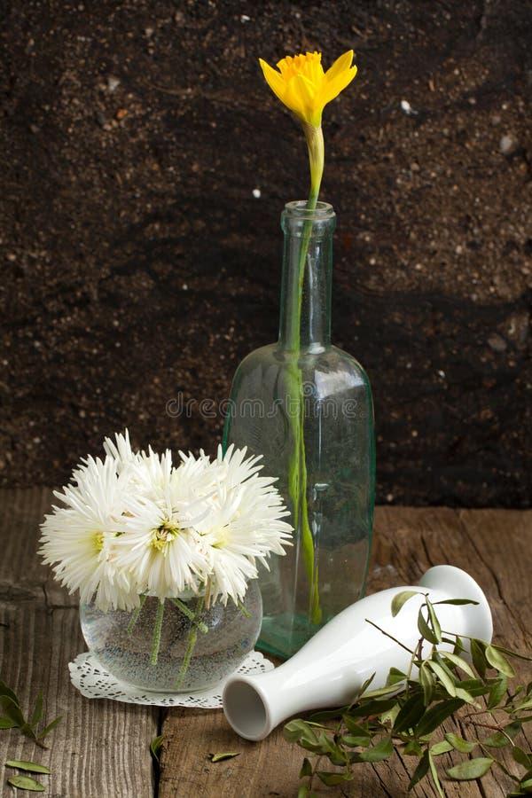 Bouquet des fleurs blanches photo stock