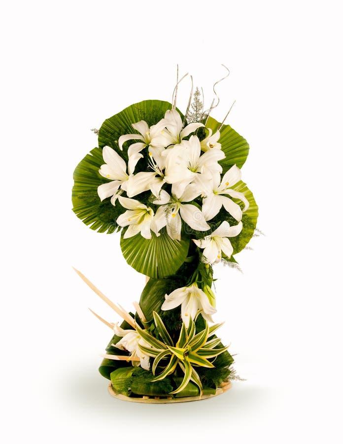 Bouquet des fleurs blanches image stock