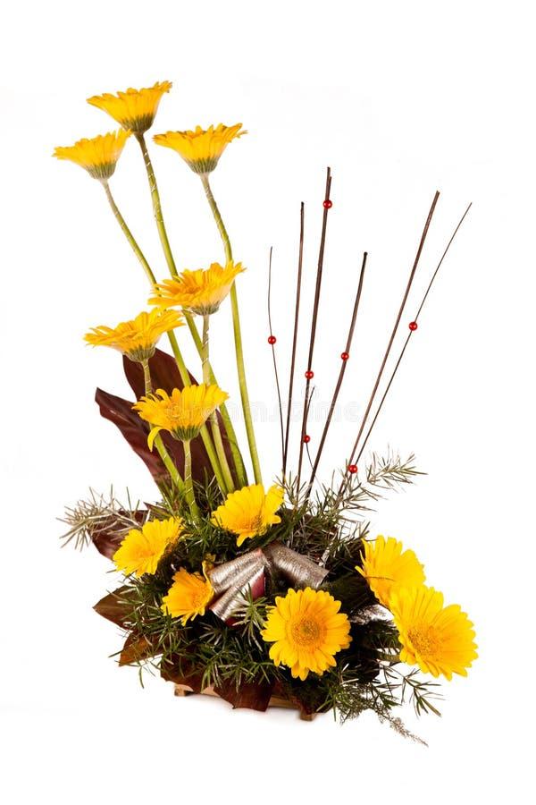 Bouquet des fleurs jaunes et blanches photos stock