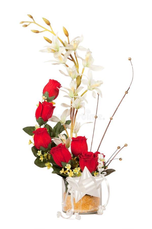 Bouquet des fleurs roses de rouge images stock