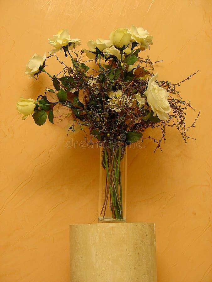 Download Bouquet des roses image stock. Image du fleur, pétale, bouquet - 79313