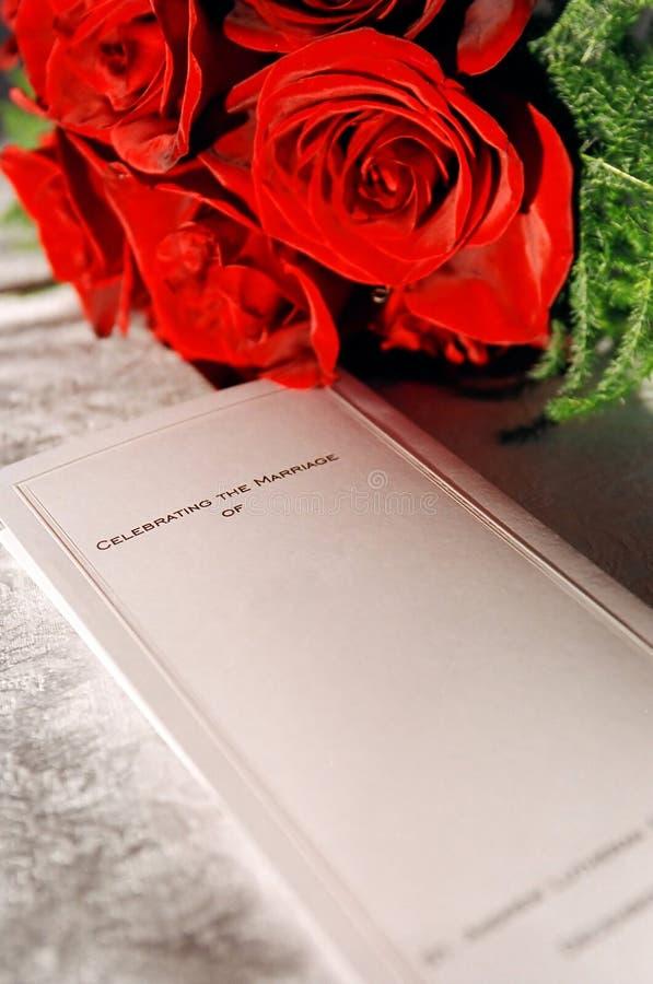 Bouquet et programme de réception photos stock