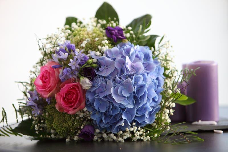 Bouquet nuptiale peu commun photographie stock libre de droits