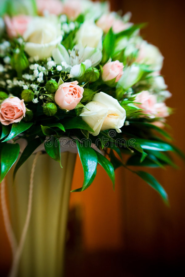 Free Bouquet Of Roses Royalty Free Stock Photo - 4590565