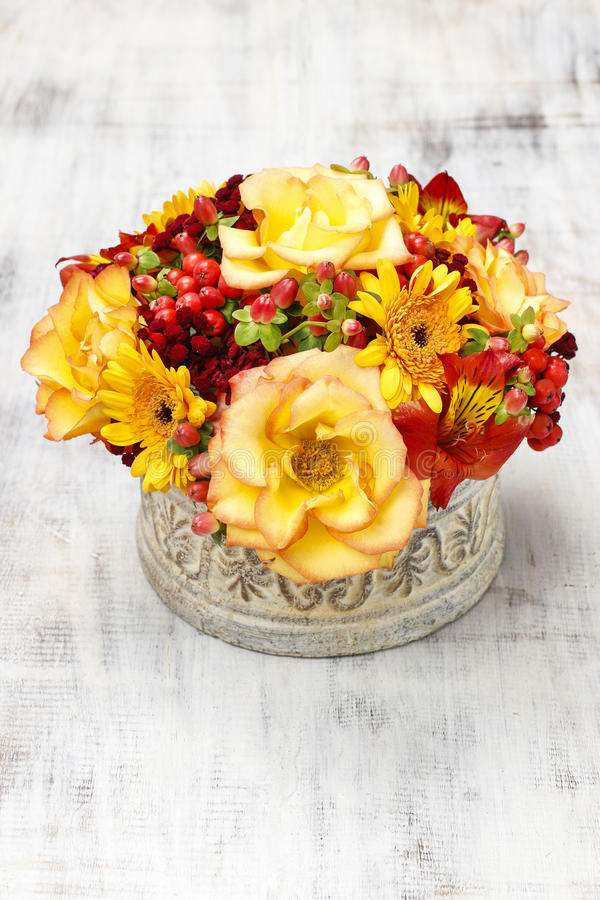 Download Bouquet Of Orange Roses And Autumn Plants In Vintage Ceramic Vas Stock Image - Image of colorful, gift: 43775429