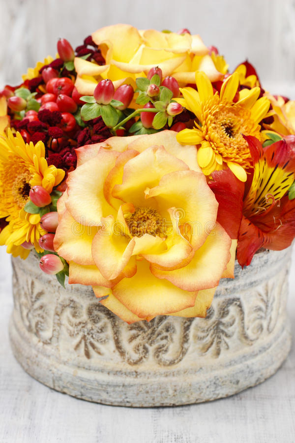 Download Bouquet Of Orange Roses And Autumn Plants In Vintage Ceramic Vas Stock Image - Image: 43775719