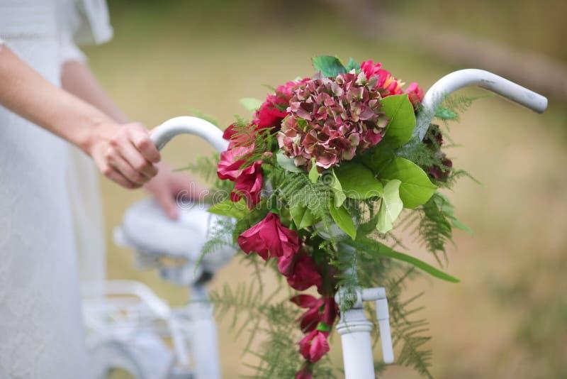Bouquet original de mariage photographie stock libre de droits