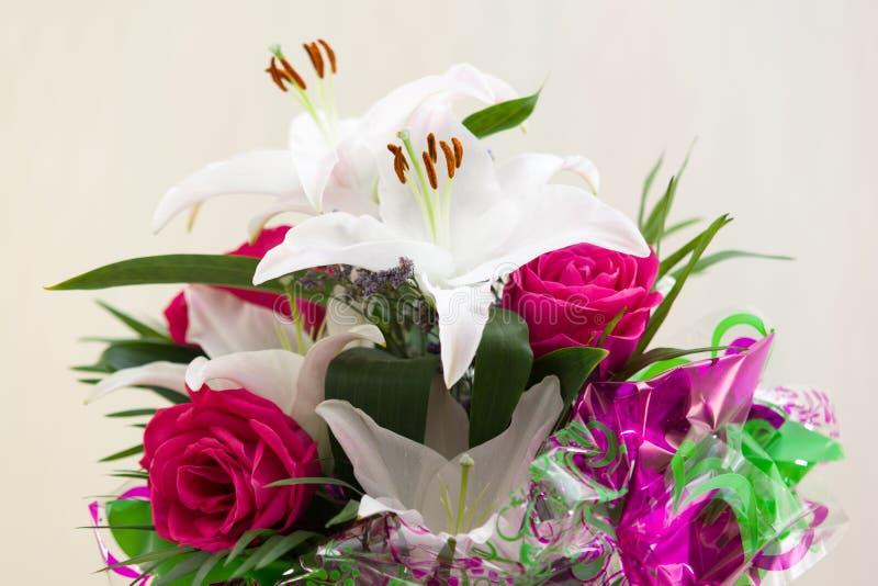Bouquet rose de lis images libres de droits