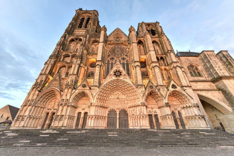 Bourges-Kathedrale - Frankreich lizenzfreies stockbild