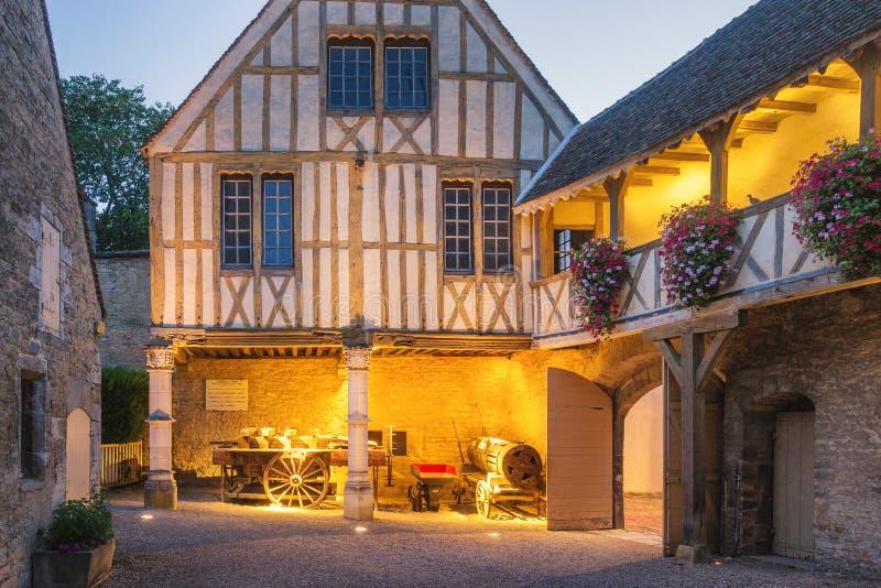 Bourgognemuseum av vin - Beaune, Frankrike royaltyfria foton