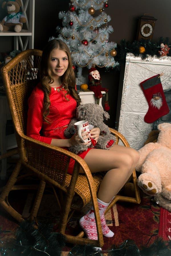 Bouring-Mädchen in Schwarzweiss lizenzfreie stockfotos