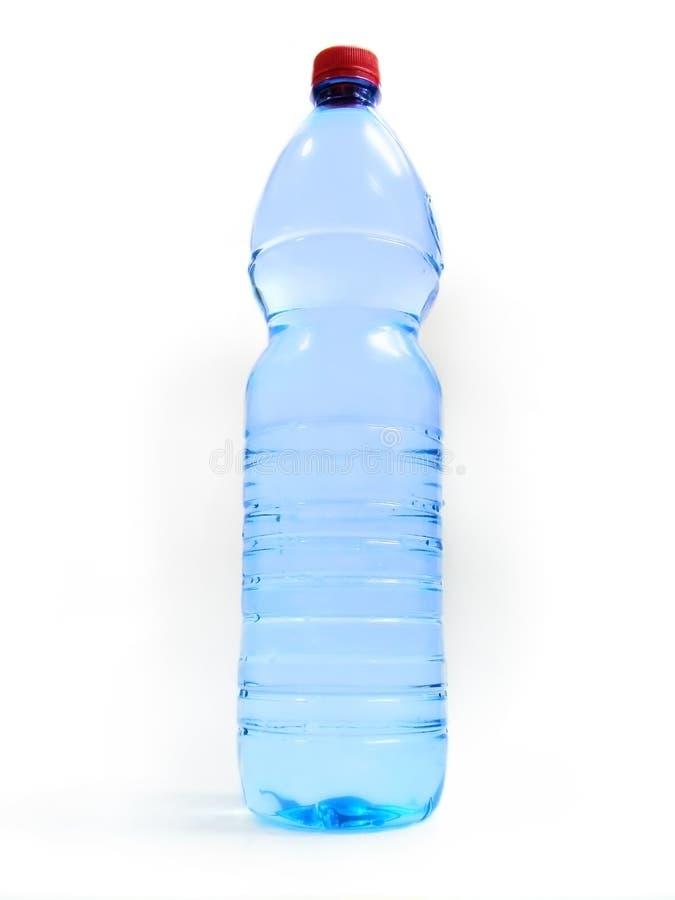 Bouteille avec de l'eau image libre de droits
