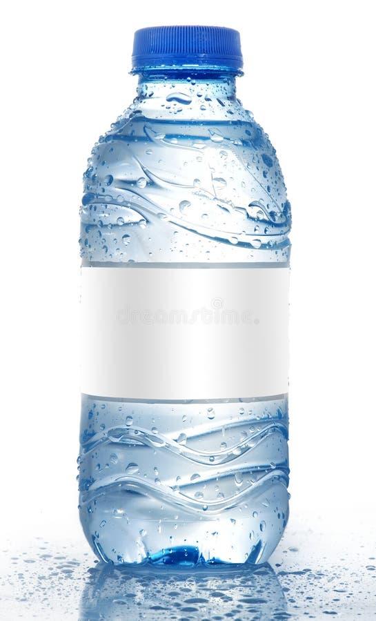 Bouteille d'eau de bicarbonate de soude avec l'étiquette blanc D'isolement sur le blanc photos libres de droits