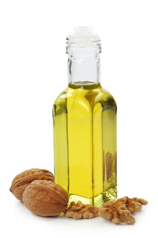 Bouteille d'huile de noix photographie stock