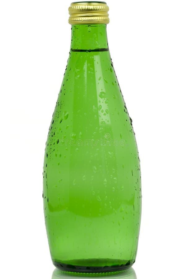 bouteille de boisson dans la couleur verte image stock image du givr baisse 27219493. Black Bedroom Furniture Sets. Home Design Ideas