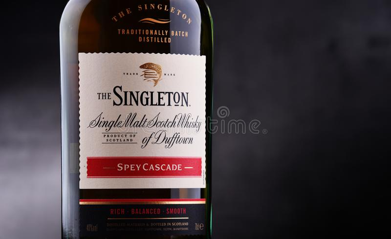 Bouteille de singleton de Dufftown, whisky écossais de malt simple photo libre de droits
