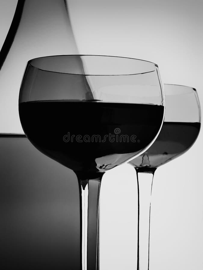 Bouteille de vin et abrégé sur en verre photo libre de droits
