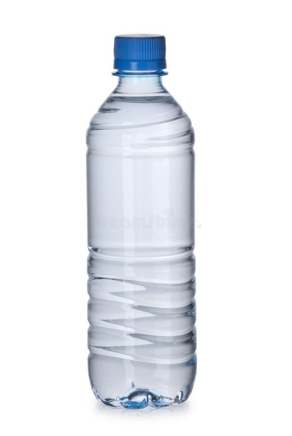 Bouteille en plastique avec de l'eau photos stock