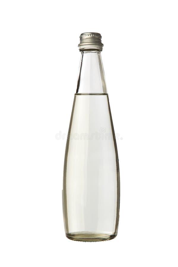 Bouteille en verre avec de l'eau photo libre de droits