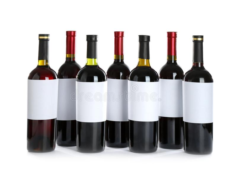 Bouteilles avec le vin rouge photographie stock libre de droits