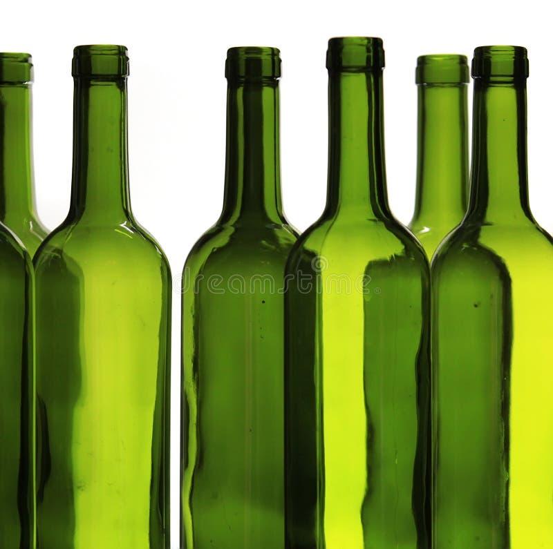 Bouteilles de vin vertes photographie stock