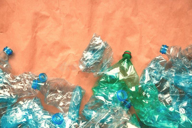 Bouteilles en plastique pour la réutilisation image libre de droits