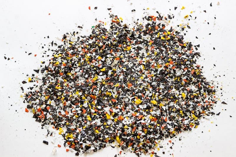 Bouteilles en plastique réutilisées Granules polymères Granules de polymère image libre de droits