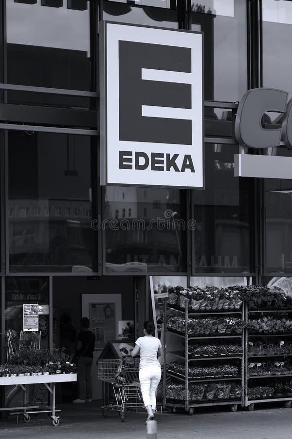 Boutique d'Edeka en Allemagne images libres de droits