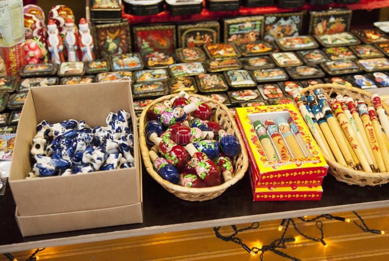 Boutique de cadeaux du festival russe de métier, jour de ville de Moscou, 2013 image stock