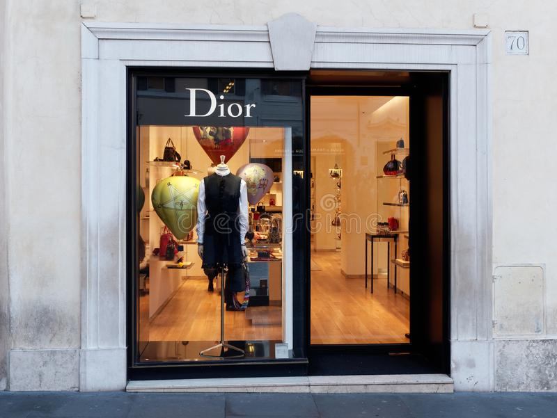 Boutique de Dior Window à la place Rome de l'Espagne images stock