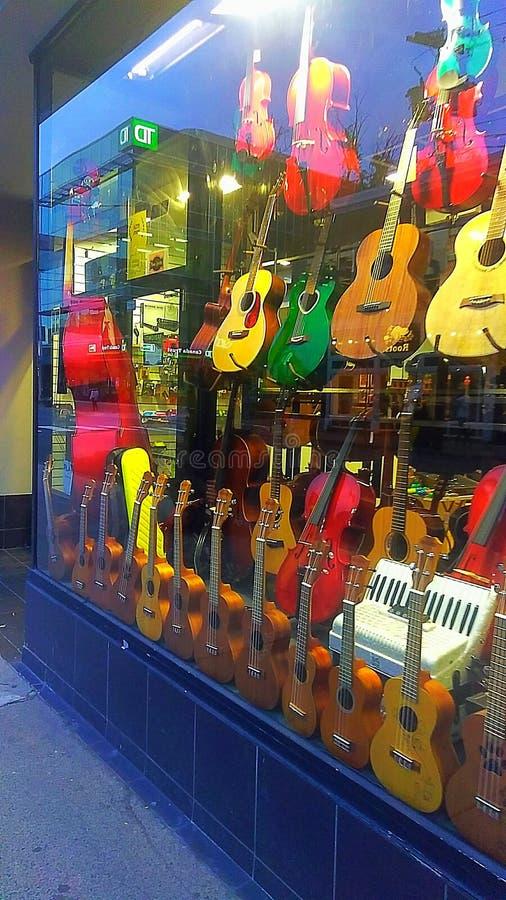 Boutique de guitare à Halifax, Nova Scotia photos stock