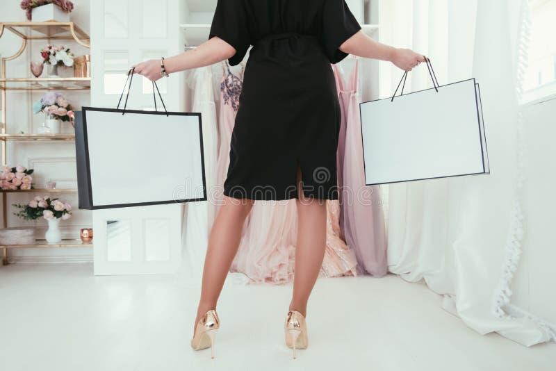 Boutique de luxe de achat de passion de femmes de thérapie photos libres de droits