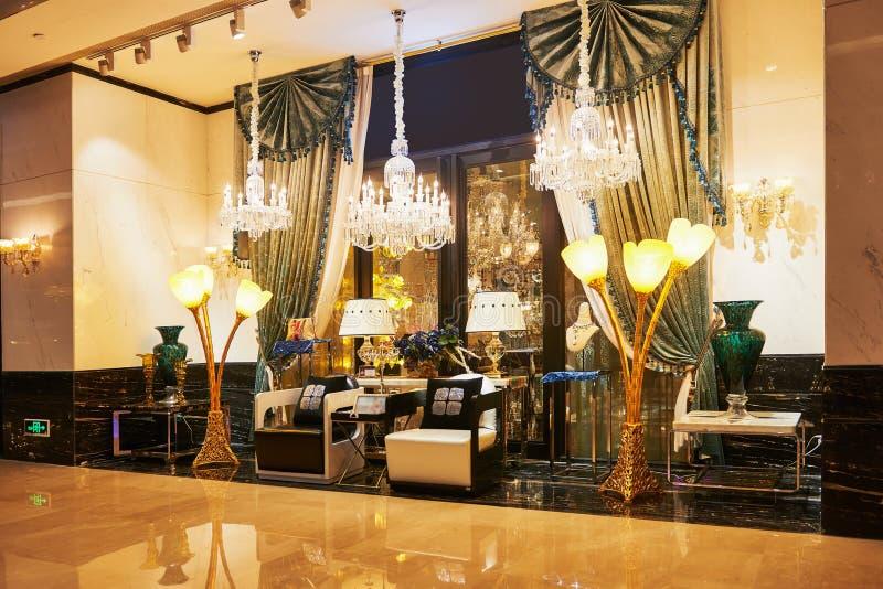 Boutique de luxe de meubles d éclairage photo stock image du