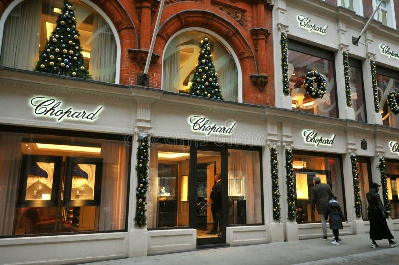 boutique de luxo de Chopard em New Bond Street, Londres, Reino Unido imagem de stock royalty free