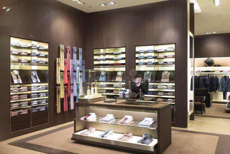 Boutique de mode d'homme photos stock