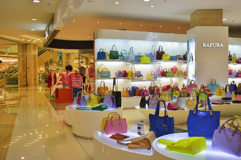 Boutique de sac à main de mode photos stock