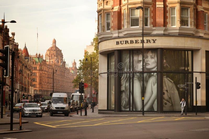 Boutique Knightsbridge Londres de Burberry photo stock