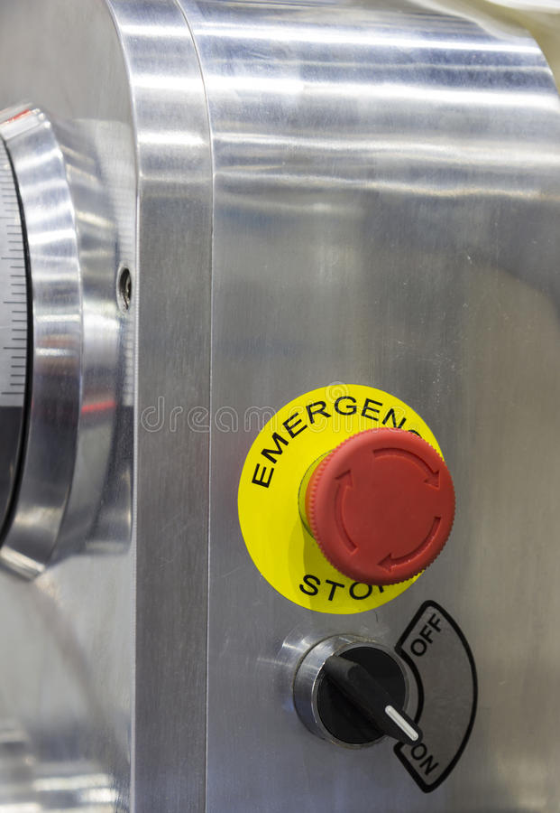 Bouton d'arrêt d'urgence ; Commutateur de poussée de sécurité ; arrêté ; Pour la sécurité images libres de droits
