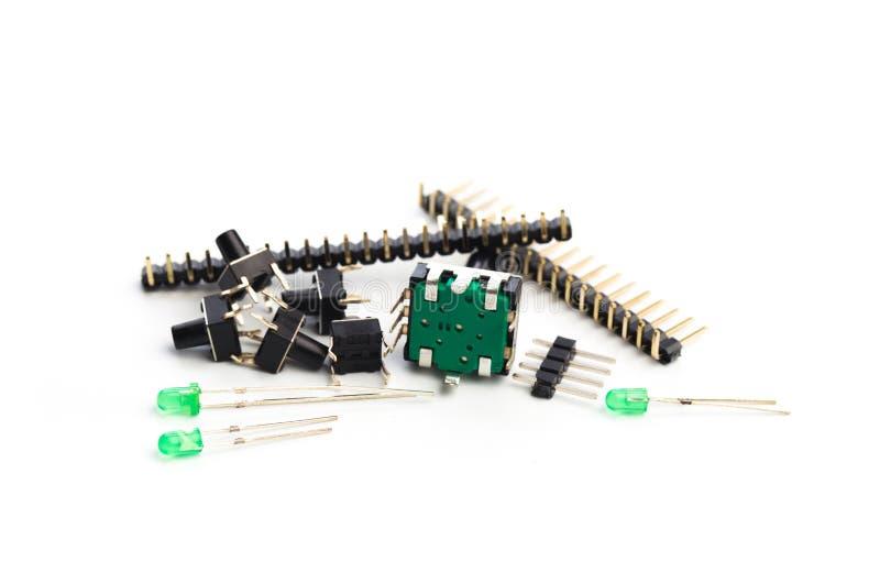Boutons, menés, encodeur et connecteurs d'isolement sur le blanc image stock