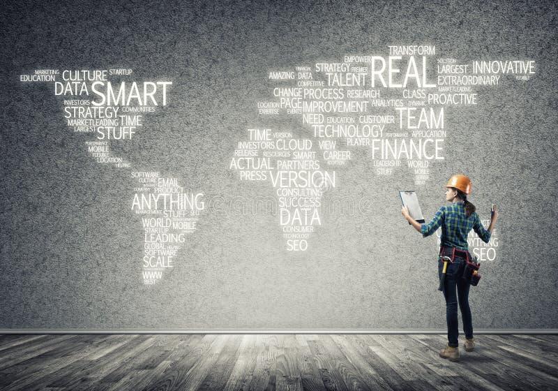 Bouwconcept en globalisering stock afbeeldingen