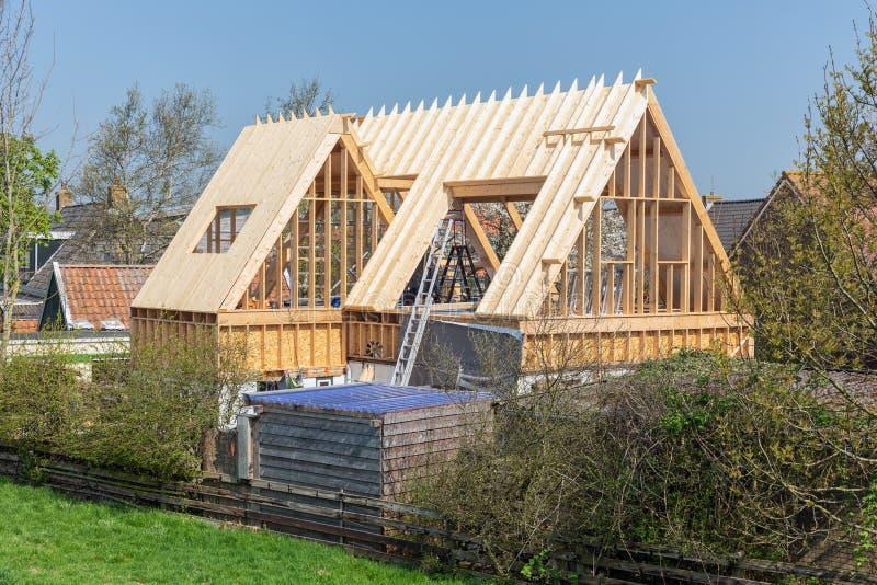 Bouwwerf van de bouw van een nieuw blokhuis, Nederland royalty-vrije stock afbeeldingen