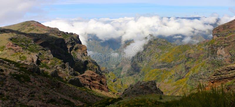 Boven de wolken in Madera stock fotografie