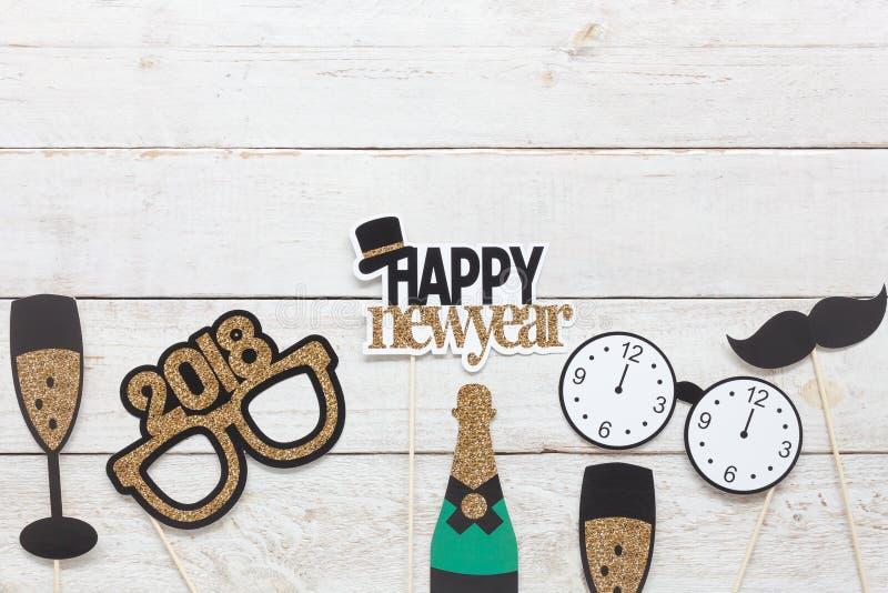 Boven menings luchtbeeld van DIY-van de steunendecoratie van de fotocabine het Gelukkige nieuwe jaar 2018 stock afbeelding