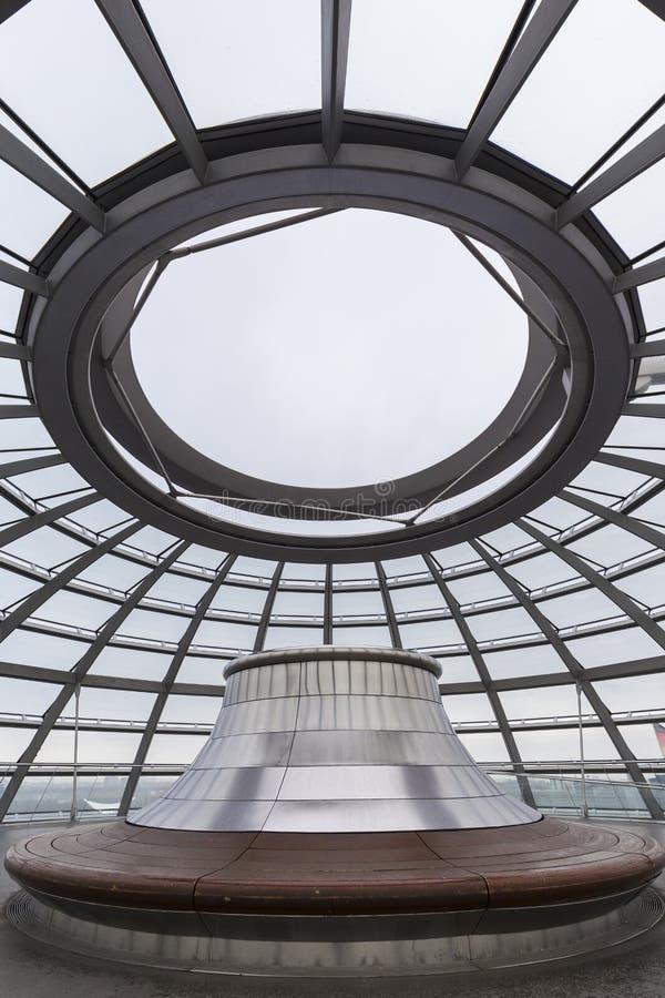 Bovenkant van de Reichstag-koepel in Berlijn stock afbeelding