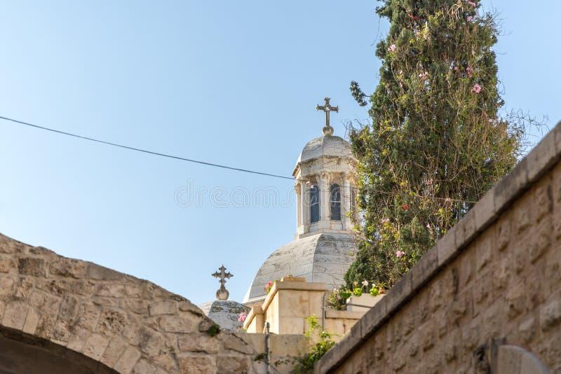 Bovenkant van Kerk van de Veroordeling en de Heffing van het Kruis dichtbij Lion Gate in Jeruzalem, Israël stock fotografie